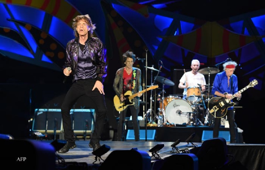 British group Rolling Stones performs in concert at Centenario stadium in Montevideo, on February 16, 2016. AFP PHOTO/PABLO PORCIUNCULA / AFP / PABLO PORCIUNCULA