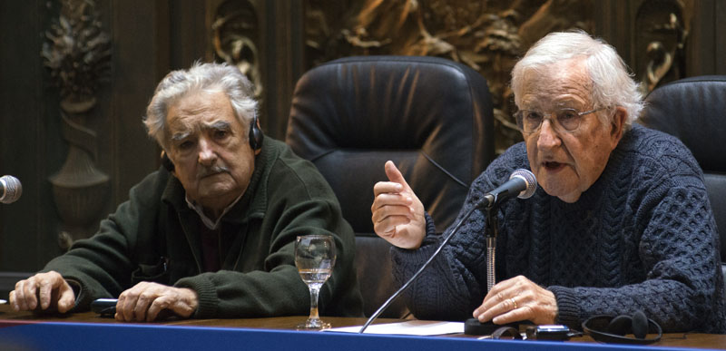 Image result for CHOMSKY Y MUJICA